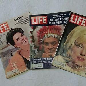 Group #1 1962 LIFE Magazines